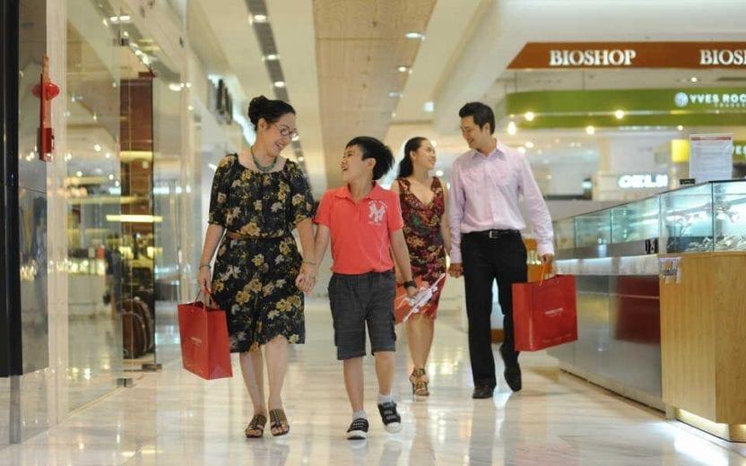 Mua sắm tại trung tâm thương mại Vincom Landamrk 81