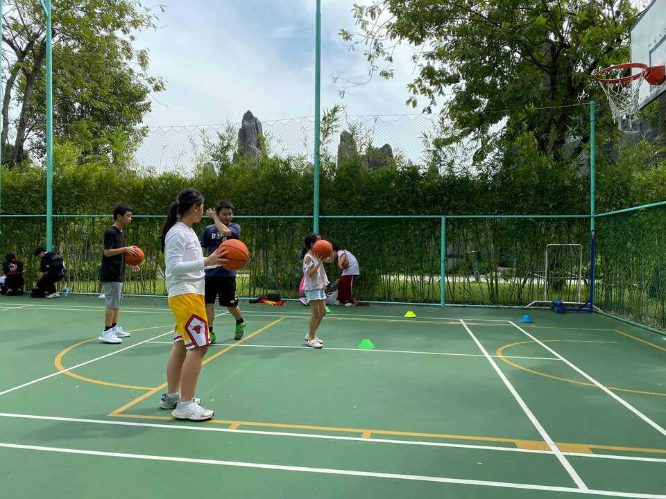 Sân bóng rổ nội khu Vinhomes Central Park